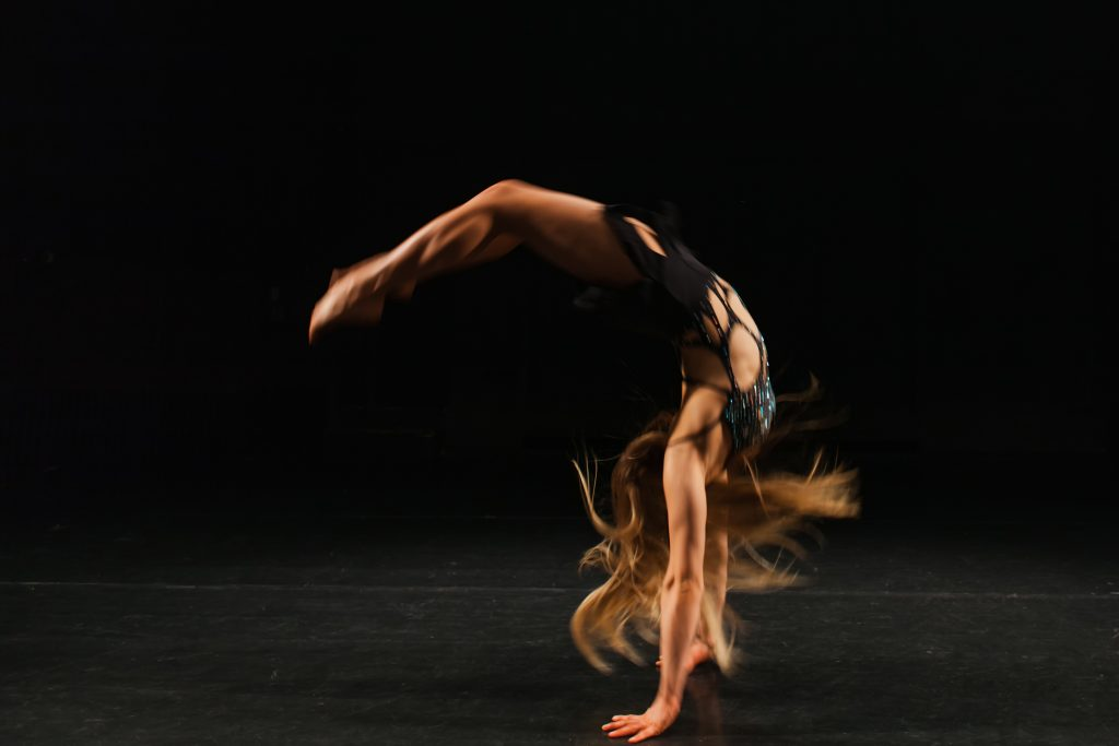 tumbling gymnast